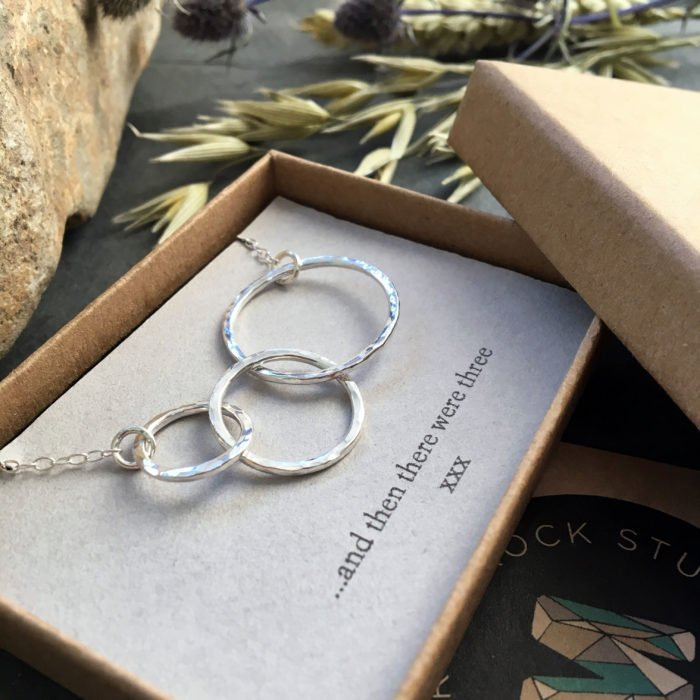 three circles silver necklace in box